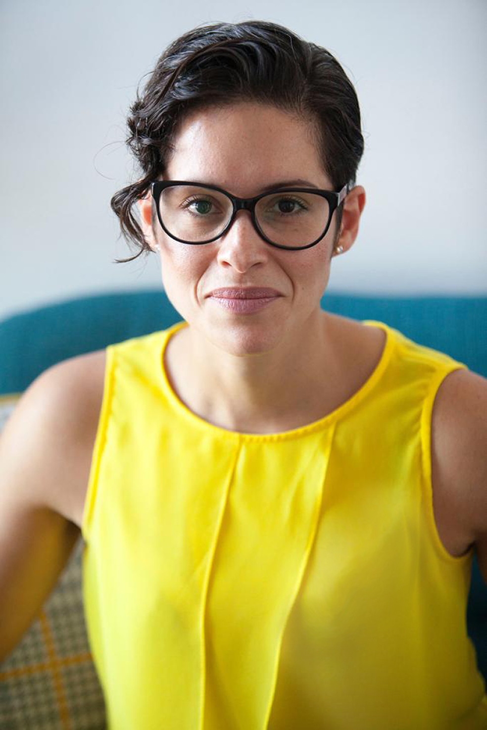 Rafaela Nunes, Private Counsellor, Private therapy, mental wellbeing, creative therapy